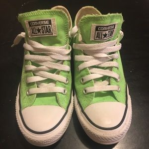 🍀🍀 Lime Green Converse All Stars 🍀🍀